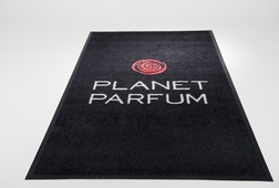 TAPIS LOGO - PLANET PARFUM - BE